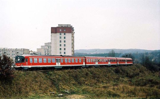 Pociąg specjalny powracający z wjazdu na linię prowadzącą kiedyś do Chwarstnicy