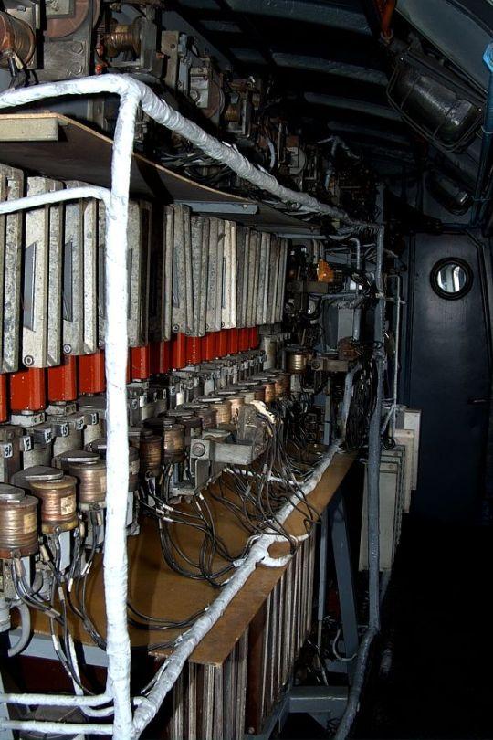 Przedział maszynowy w lokomotywie ET22