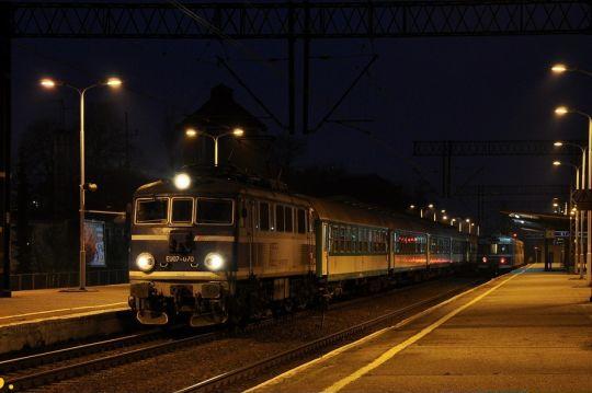 """TLK """"Gryf"""" do Olsztyna Głównego za chwilę ruszy w dalszą drogę"""