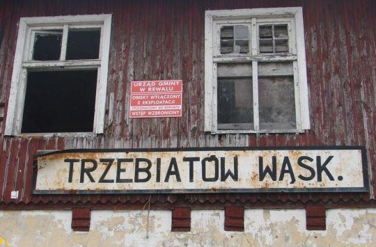 Czy doczekamy się remontu dworca wąskotorówki w Trzebiatowie?