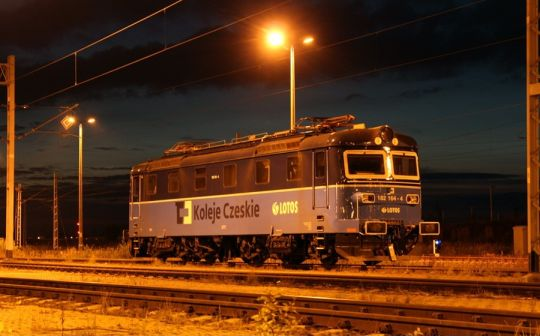 Škoda Českých drah i Lotosu nocuje na gumienieckiej stacji