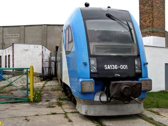 """""""Smerf"""" na tyłach kołobrzeskiej lokomotywowni"""